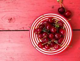 Польза и вред вишни для здоровья человека