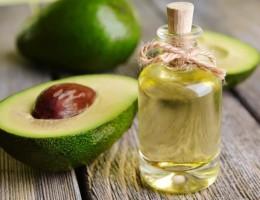 Польза и вред масла авокадо: инструкция по применению в косметологии